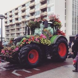 Noordwijk - Bloemen Corsa - my wedding car - haha